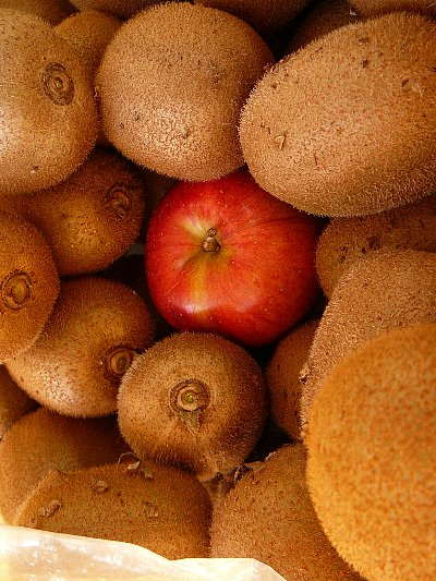キウイとリンゴ