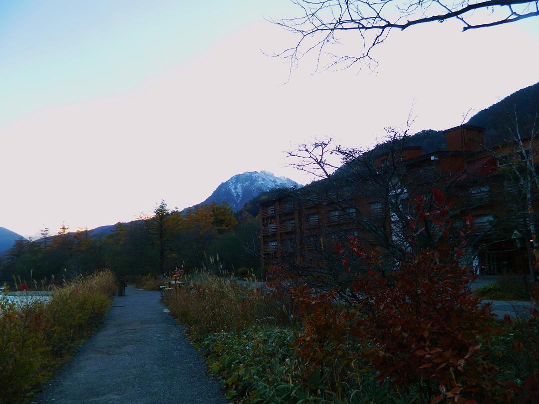 ホテルと焼岳