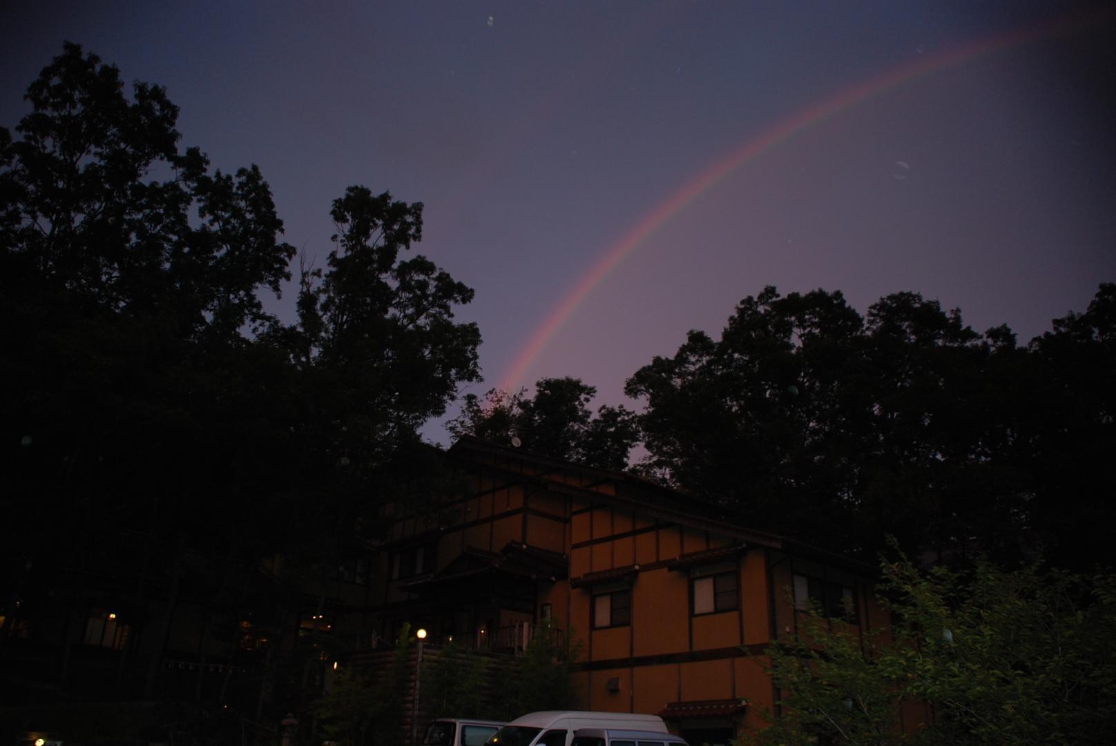 夕暮れの虹2