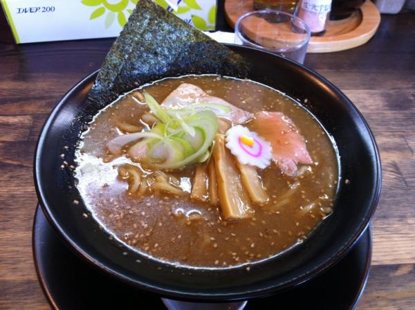 支那そば ほぬや 亀正式そば(太麺)
