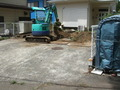 門柱破壊のちょっと前、駐車場拡大中! 3