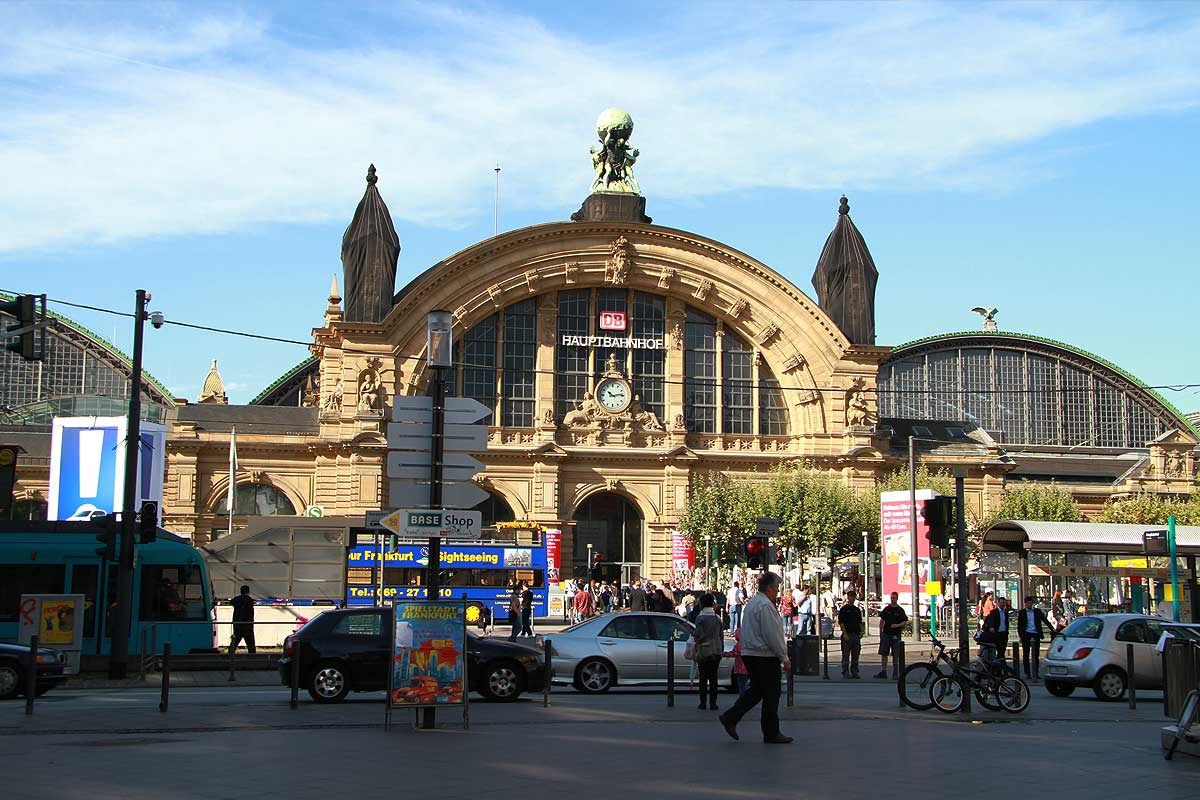 FrankfurtHbf13.jpg