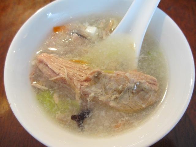 ホリデービーフンランチのスープ2