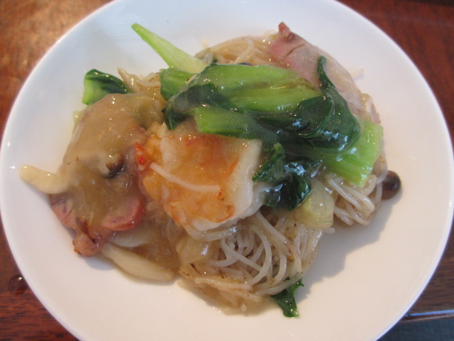 砂鍋焼米粉(特製土鍋焼ビーフン)3
