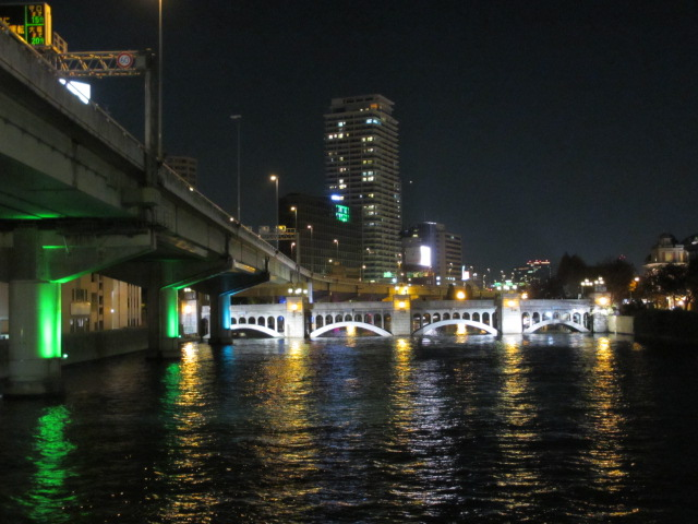 堂島川 東向き