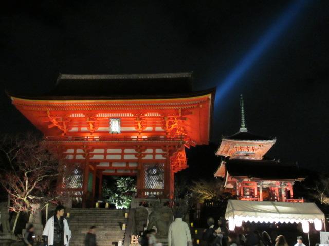 清水寺 仁王門、西門、三重塔