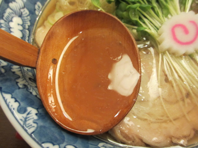 極みの醤油 スープ