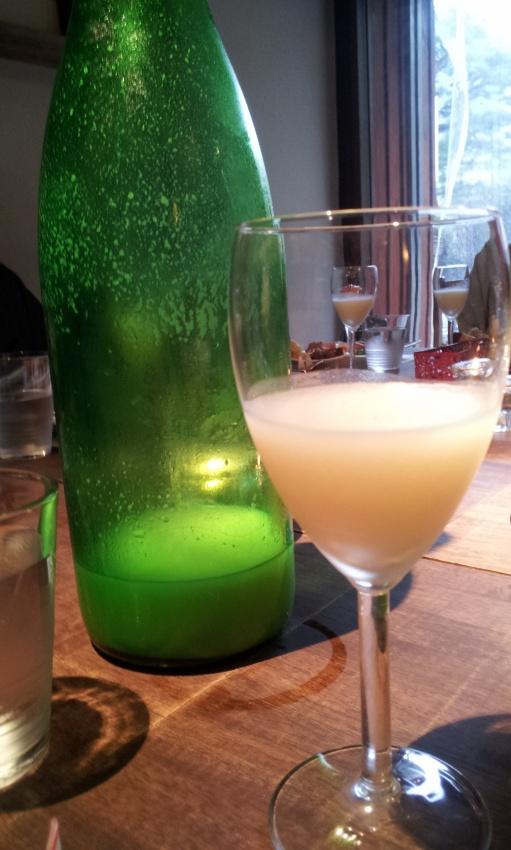 三芳菊微発泡酒
