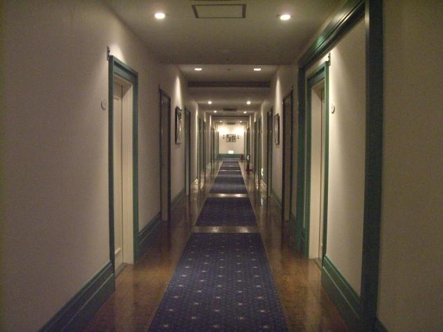 ホテルヴィブラント 廊下