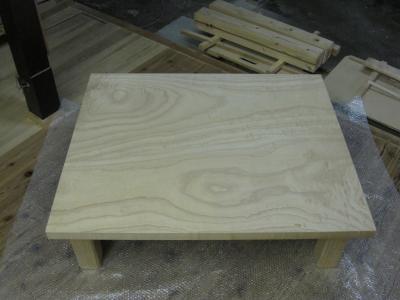 桐の老木の無垢板テーブル