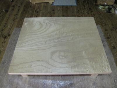 桐の無垢板の杢