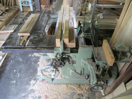 木工機械昇降版正面