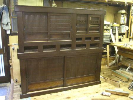 水屋箪笥、建具の修理