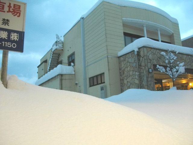 新潟24豪雪1