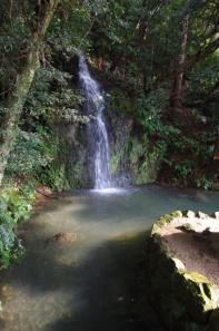 北島国造家庭園亀の尾の滝