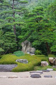 平田本陣記念館の陰陽石