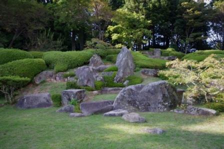 大麻山神社のお庭