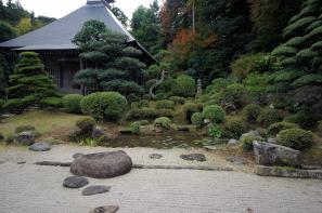 華蔵寺のお庭