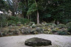 勝定寺の枯山水