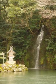 3月11日の亀の尾の滝