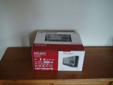 DS12092604.jpg