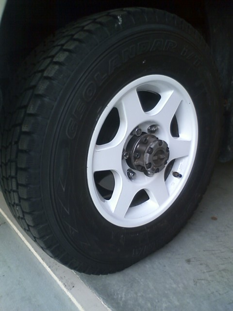 20121128tirechange.jpg
