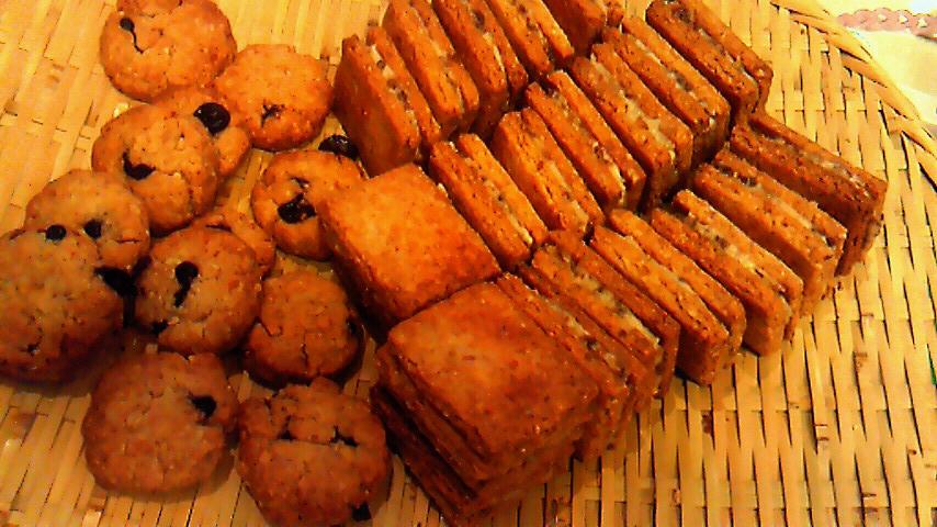 レーズンサンドクッキー&キャロブチップクッキー