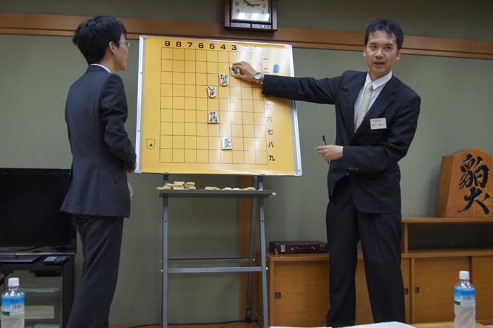 どうして・・・そんな小さい頃の棋譜を覚えているの・・・?