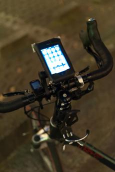 トランジットセブン_TOPEAK iPhoneドライバッグ