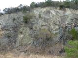 13時57分 この岩壁の右横の高い場所からの下山だった!!