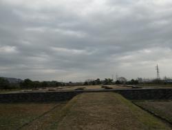 回廊と金堂跡