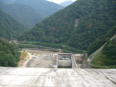 徳山ダム1.JPG