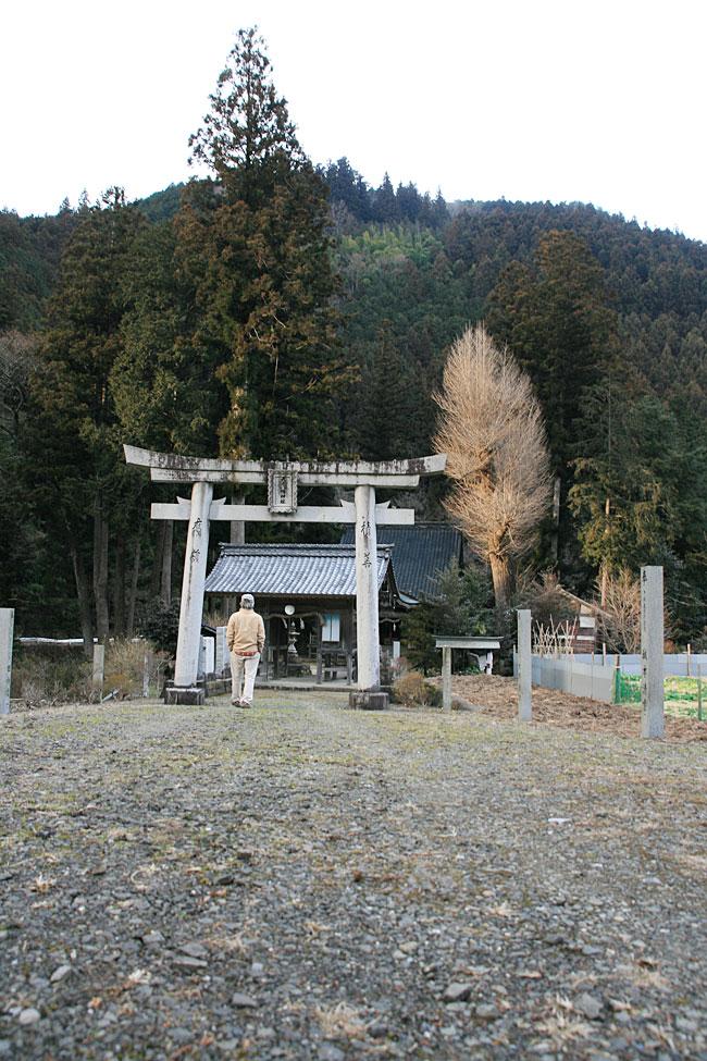 露峰・大元八幡神社
