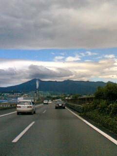 東名高速にて・・・