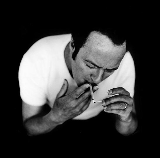 joe-strummer-cigarette.jpg