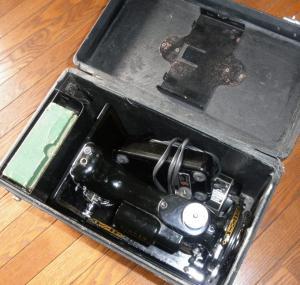 2011.11.22  小型ミシン 300