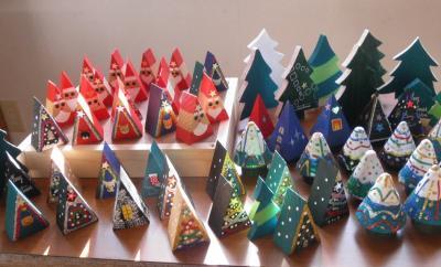 2011.12.22   支援物資 クリスマス 木製玩具