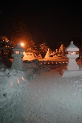 14-2-8雪まつり3