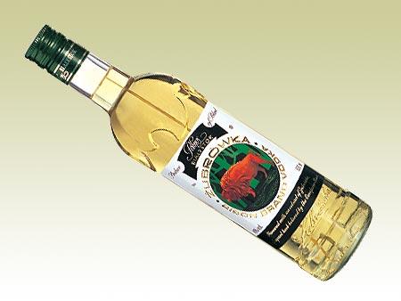 zubrowka-bison-grass-vodka.jpg