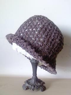 ブラウンの帽子(059)