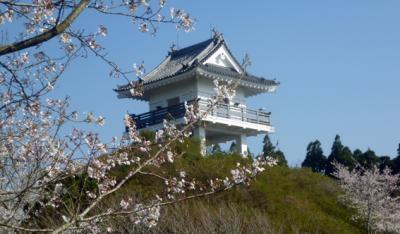 万木城と桜_convert_20120409212121