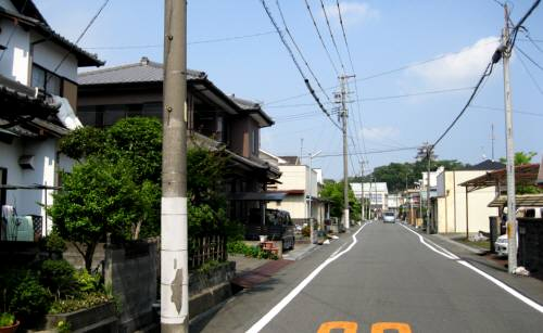 2013_06 08_掛川の家の前通り