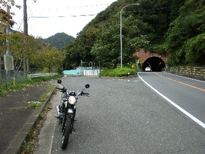 笠置トンネル側道-4