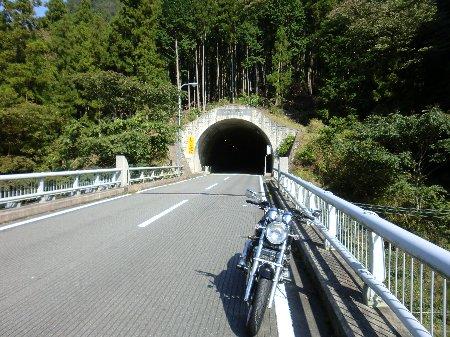 室生トンネル