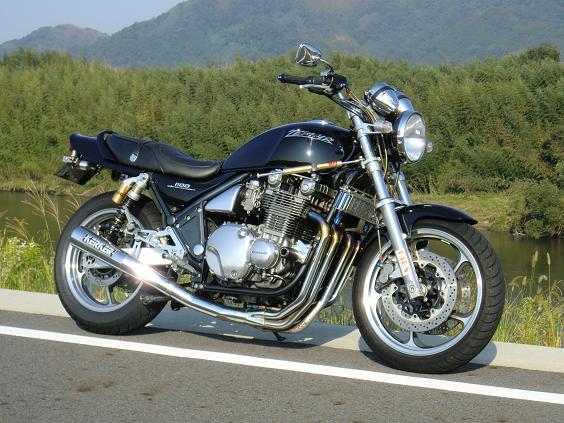 ゼファー1100インプレ-2