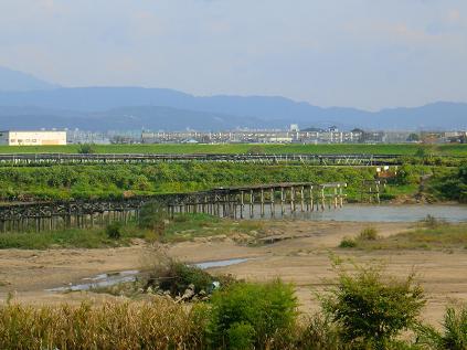 流れ橋-3