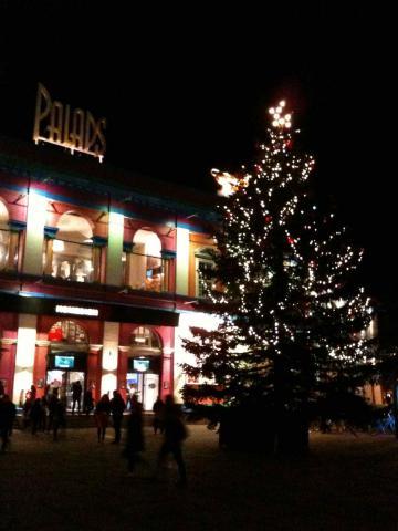 DK_Christmas_5.jpg