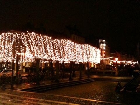 DK_Dec2011_01.jpg
