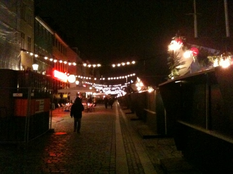 DK_Dec2011_03.jpg