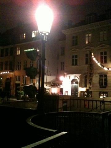 DK_Dec2011_08.jpg